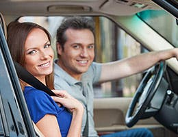 Insurance when you rent a stranger's car © BlueSkyImage/Shutterstock.com