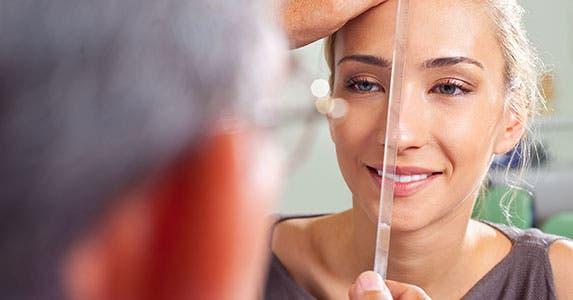 Cosmetic surgery © VILevi/Shutterstock.com