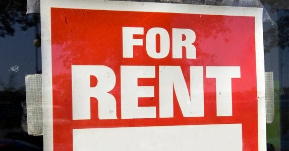 'For rent' sign © iStock
