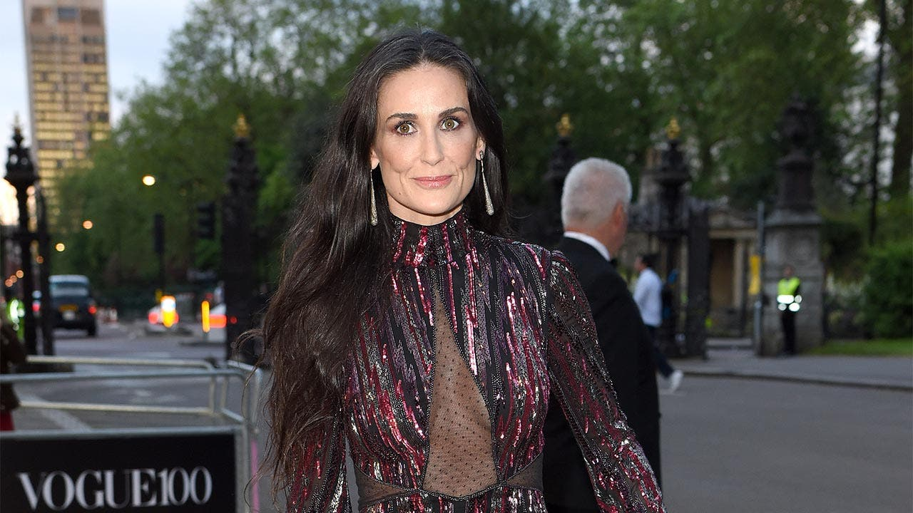 Demi Moore networth