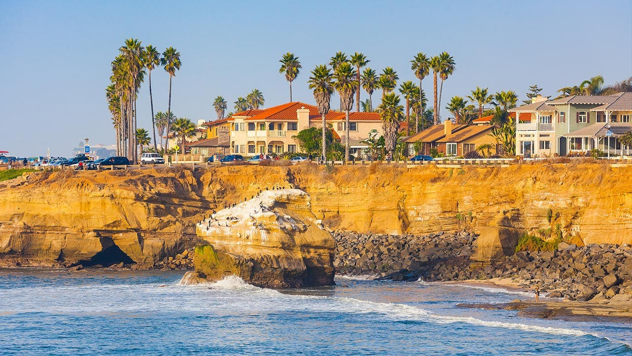 San Diego cliffs