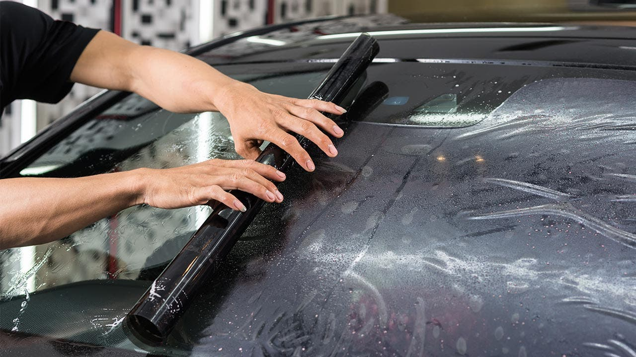 how much does car window tinting cost