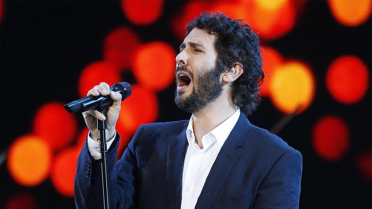 Josh Groban singing