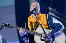Justin Bieber singing at One Love Manchester