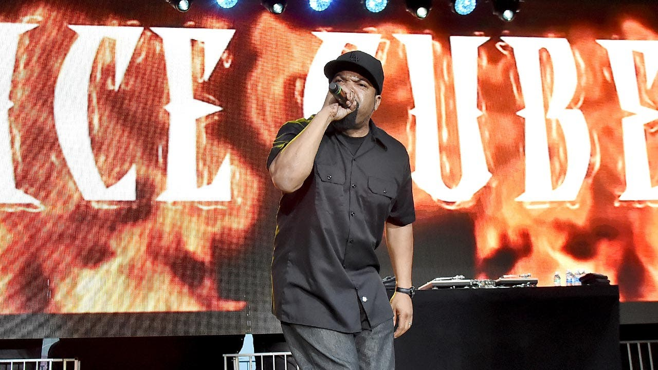 Ice Cube rapping
