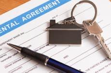 Rental agreement © scyther5/Shutterstock.com