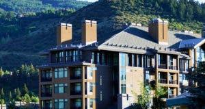 Vacation condos in Avon, Colorado © iStock