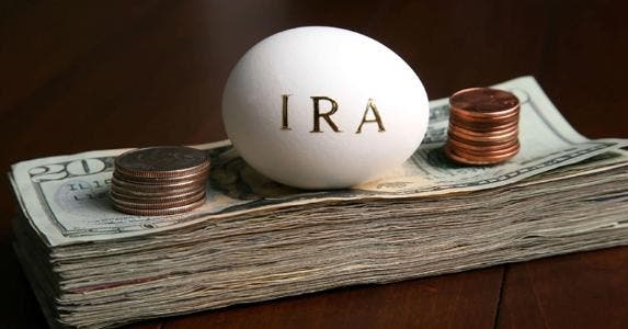 IRA egg on money © iStock