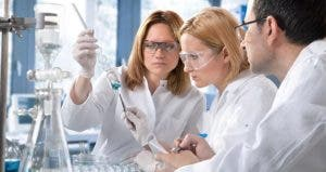 Chemists working in laboratory