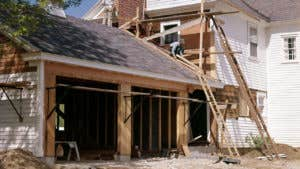 How much does it cost to build a new garage?