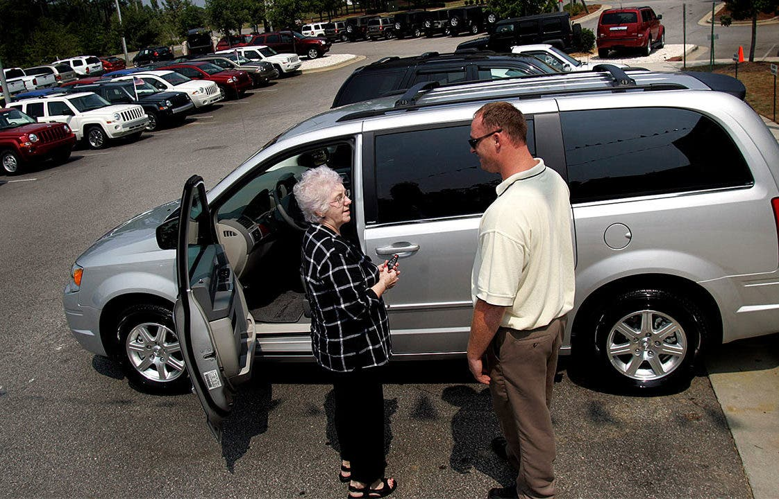 Sub Lease A Car >> Lease Takeover Pros Cons Of Taking Over Lease Payments