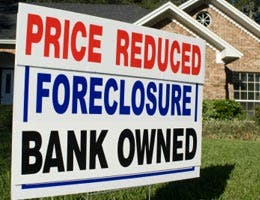 The flood of foreclosed homes won't ebb