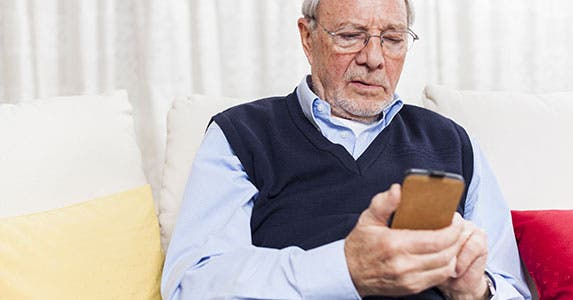 Smartphone apps for seniors and caregivers © Andreas Saldavs/Shutterstock.com