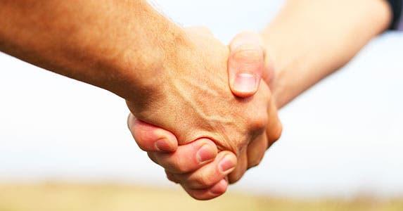 Form an alliance © Antonov Roman/Shutterstock.com
