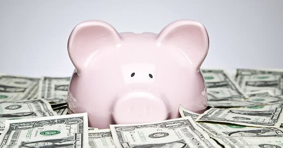 Too little investment risk © David Crockett/Shutterstock.com