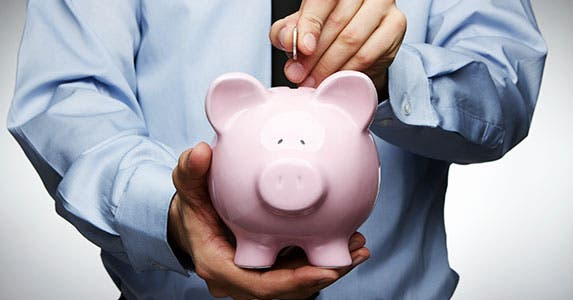 Mistake No. 3: No savings account © iStock