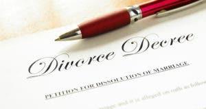 Divorce decree © iStock