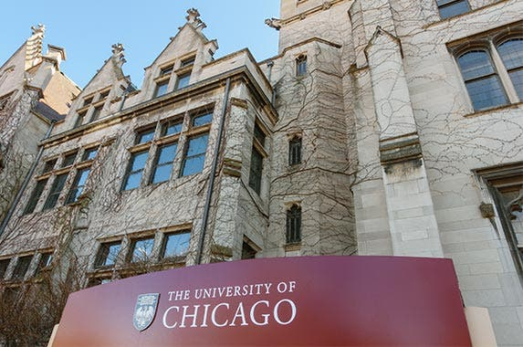University of Chicago © Jannis Tobias Werner/Shutterstock.com