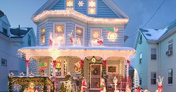 Yes, you can buy a home during the holiday season | Steve Dunwell/Getty Images