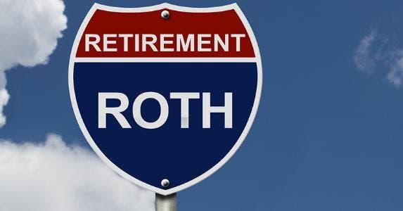Roth IRA Retirement sign © karen roach/Shutterstock.com