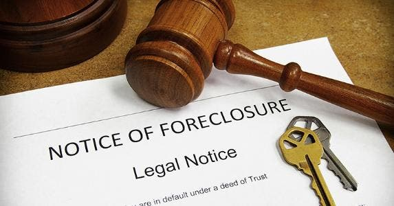 Notice of foreclosure © zimmytws/Shutterstock.com