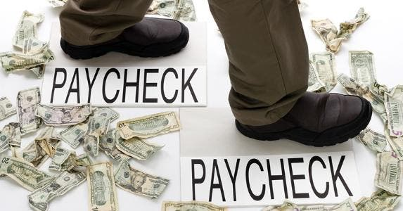 Paycheck © Serenethos/Shutterstock.com