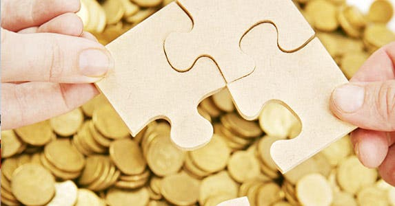 Build a foundation in financial literacy © iStock