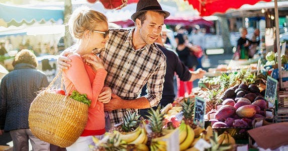 Indulge in a wine tasting or hit the farmers market © Jack Frog/Shutterstock.com