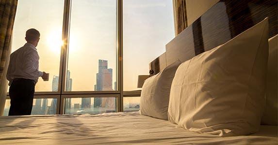 Hotel rewards © fizkes/Shutterstock.com