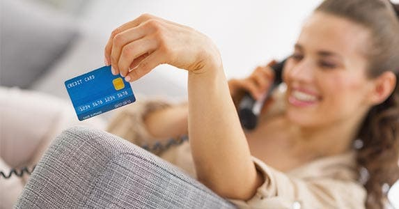 Maximizing credit card rewards © Alliance/Shutterstock.com