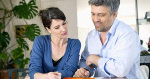 Couple budgeting © Image Point Fr/Shutterstock.com