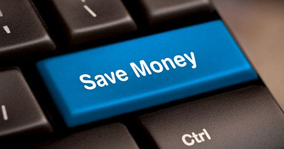 Make savings contributions automatically © scyther5/Shutterstock.com