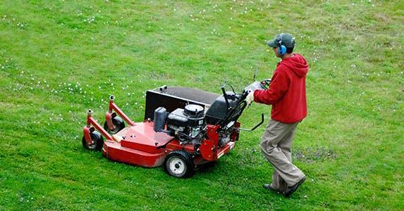 Shoddy work by service companies © Edwin Verin/Shutterstock.com