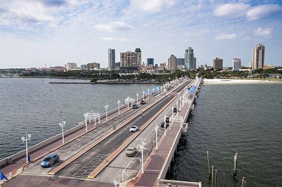 Tampa-St. Petersburg, Florida © Philip Lange/Shutterstock.com