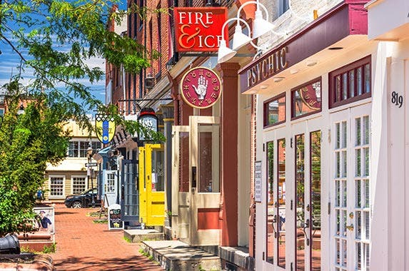 Baltimore © Sean Pavone/Shutterstock.com