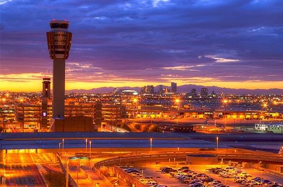 Phoenix © Sean Pavone/Shutterstock.com
