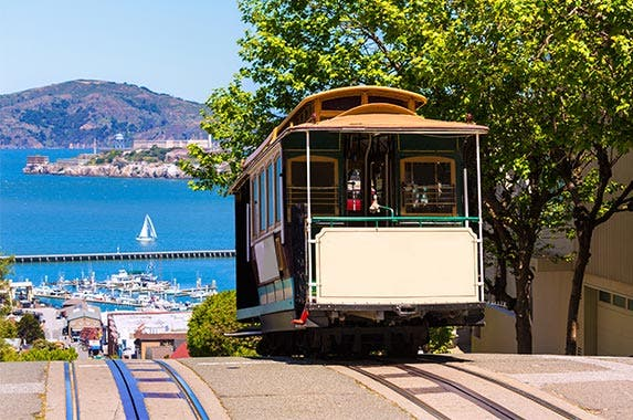 San Francisco © holbox/Shutterstock.com
