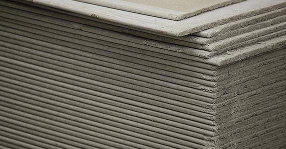 Skimping on materials | Felix Mizioznikov/Shutterstock.com