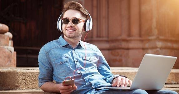 They enjoy being at work © IAKOBCHUK VIACHESLAV/Shutterstock.com