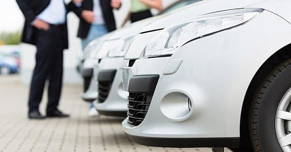 Rental cars © Kzenon/Shutterstock.com