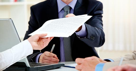 Loan documentation tips © Pressmaster/Getty Images