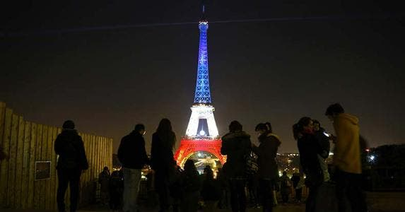 Eiffel Tower's tribute after France attacks | LUDOVIC MARIN/AFP/Getty Images