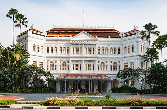 Raffles, Singapore | Luriya Chinwan/Shutterstock.com