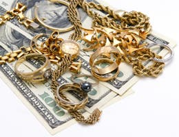 5 ways you can sell old gold jewelry and coins for easy