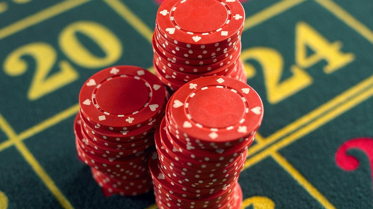 Free chip poker online