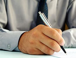 Fee-only guarantee © sergign/Shutterstock.com