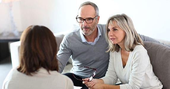 Baby boomers: Customer service matters © Goodluz/Shutterstock.com