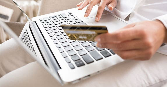 When emails lead to overspending © LDprod/Shutterstock.com
