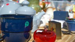 7 tips on castoff collecting at yard sales
