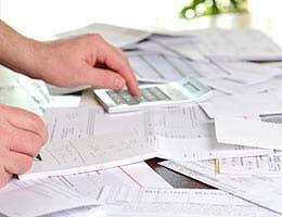 Shared debt responsibilities © Nikola Bilic/Shutterstock.com